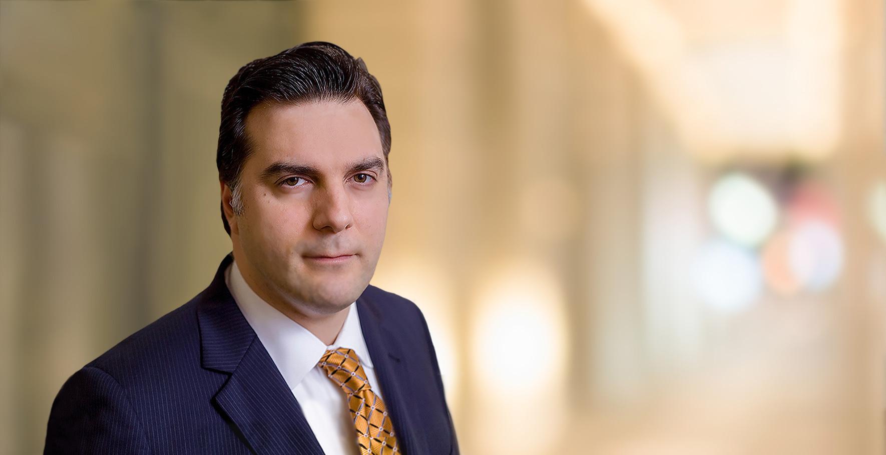 Uluslararası Hukuk Uzmanı Türk Avukat Francis Boyer Amerika Vizesi Yatırım Göçmenlik Veraset